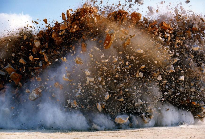 explosion-japon-Naoya-Hatakeyama-06