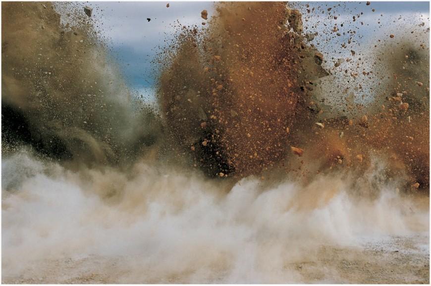 explosion-japon-Naoya-Hatakeyama-16