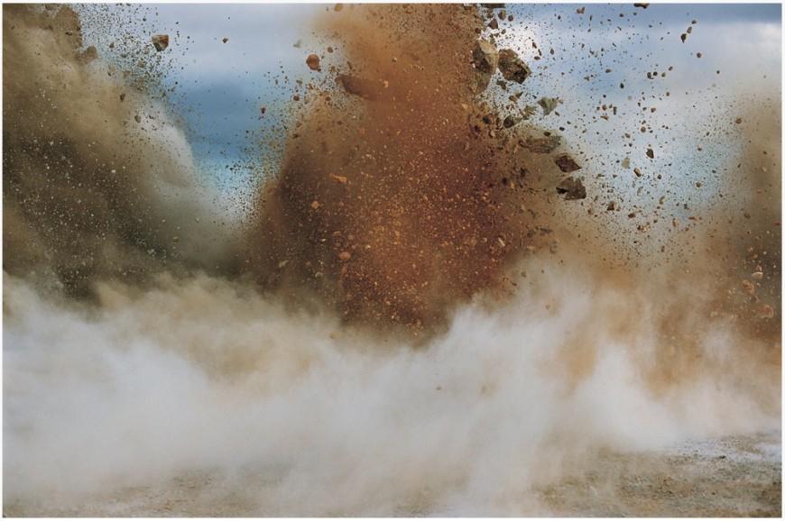 explosion-japon-Naoya-Hatakeyama-17