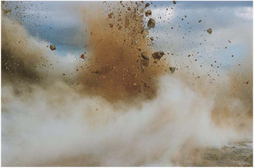 explosion-japon-Naoya-Hatakeyama-18