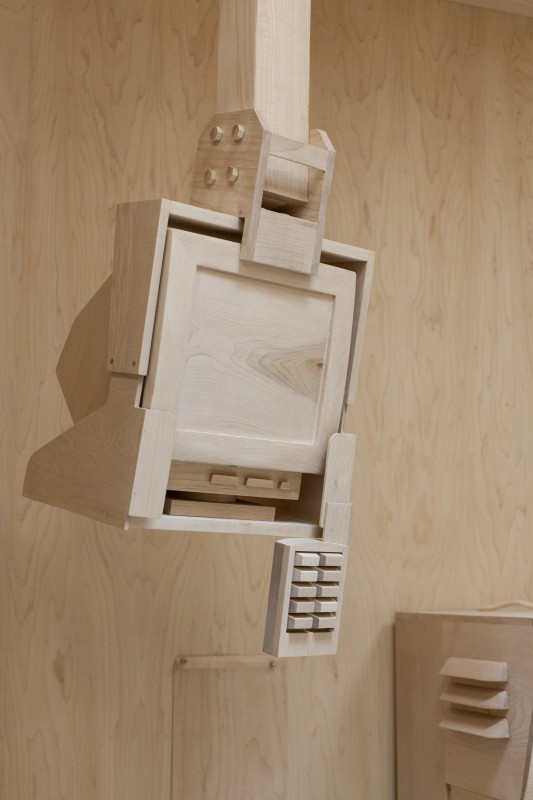 objet-machine-piece-bois-paine-roxy-13
