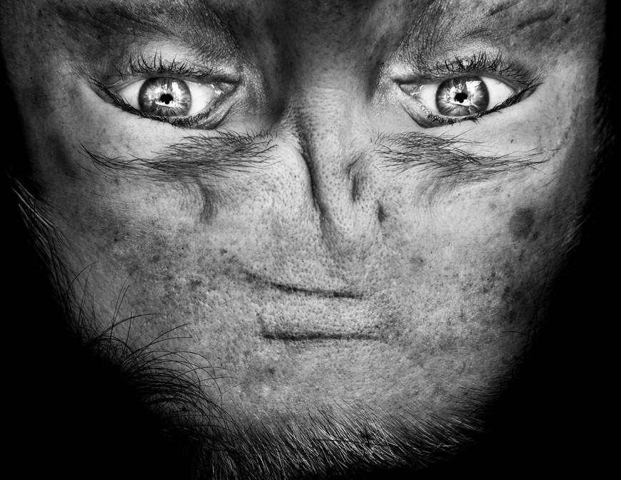 ride-visage-retourne-alien-03
