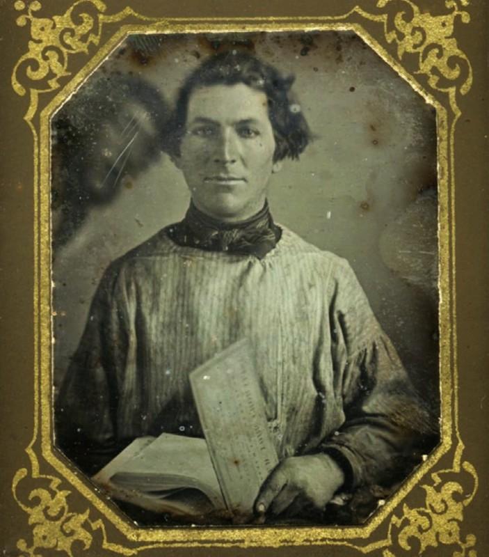 vintage-photobomb-1840
