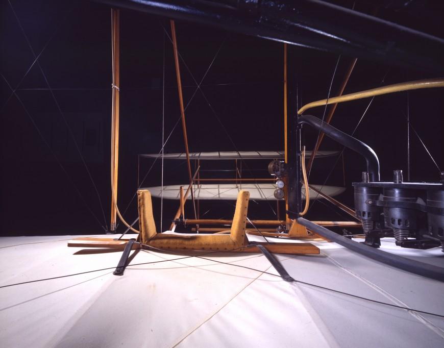 01-cockpit-avion-1903WrightFlyer
