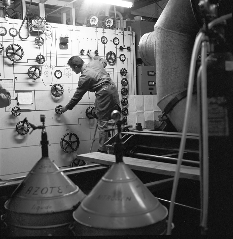 02-photo-mystere-CERN-65-9-096