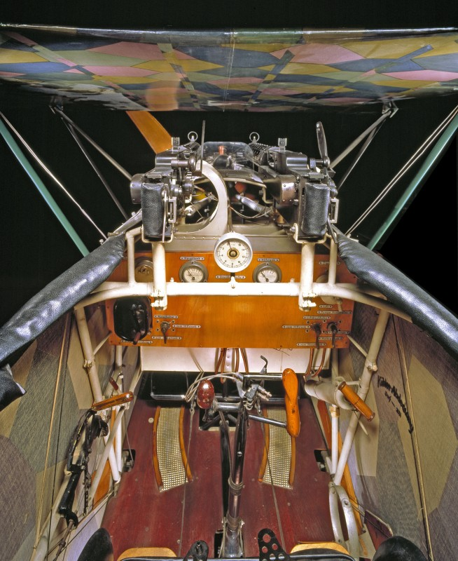 04-cockpit-avion-Fokker-D-VII