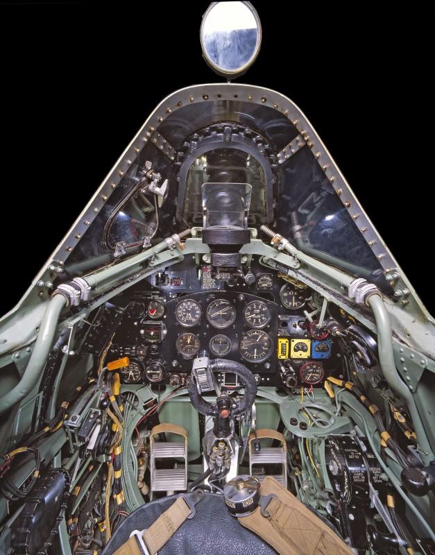 06-cockpit-avion-Supermarine-Spitfire-Mk-VII