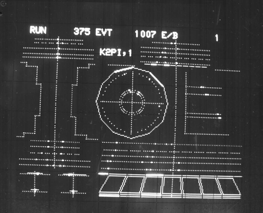 13-photo-mystere-CERN-69-10-190