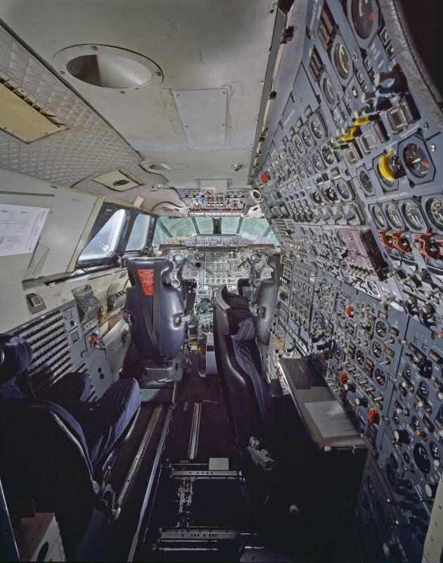 16-cockpit-avion-Concorde-630x800.jpg