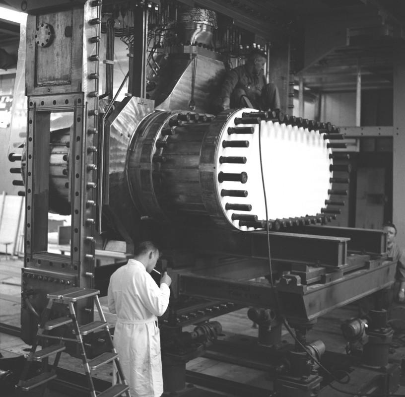 27-photo-mystere-CERN-69-10-033