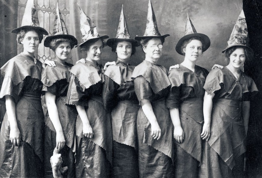 Halloween Witches Coven