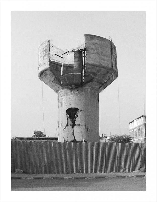 becher-demolition-chateau-eau-02