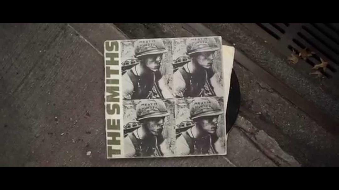 Des clips en pochettes de vinyls animées
