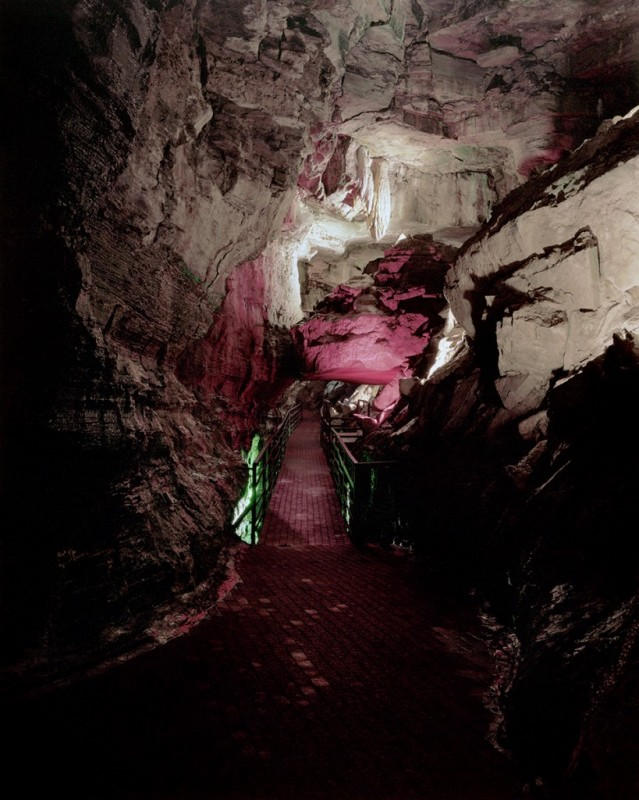 grotte-commercial-02