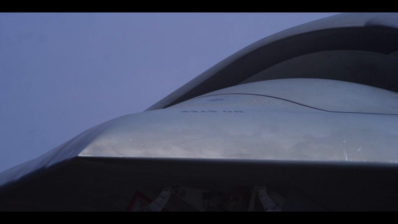 Le drone furtif X-47B sur un porte avion