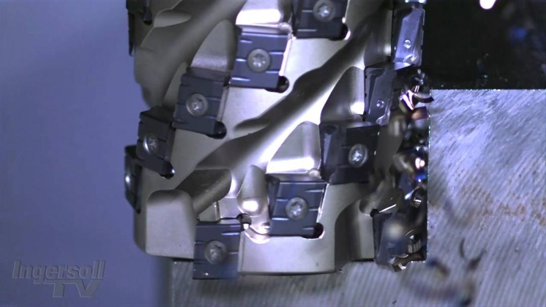 L'usinage du métal au ralenti