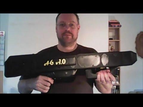 Une mitrailleuse à avions en papier