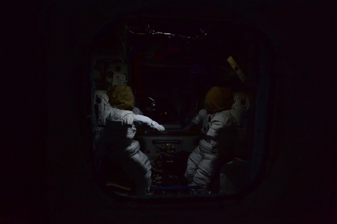 iss-abandonee-station-spatiale-nuit-11