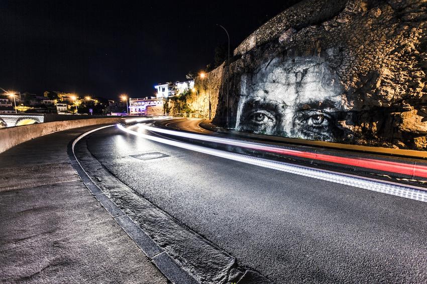 projecteur-street-art-public-nuit-12