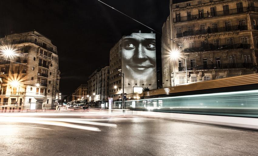 projecteur-street-art-public-nuit-15