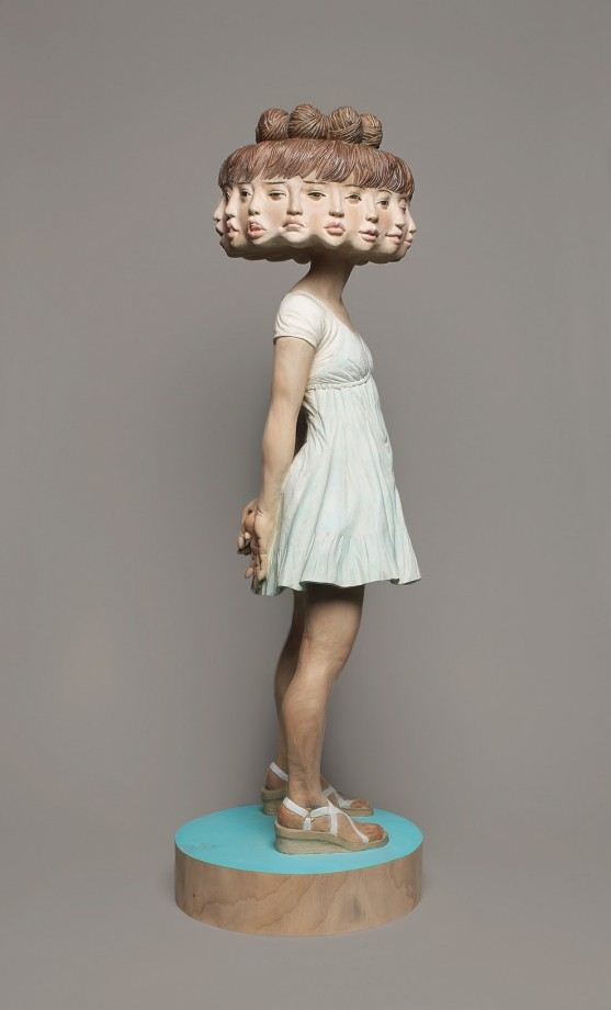 statue-personne-multiple-visage-expression-04