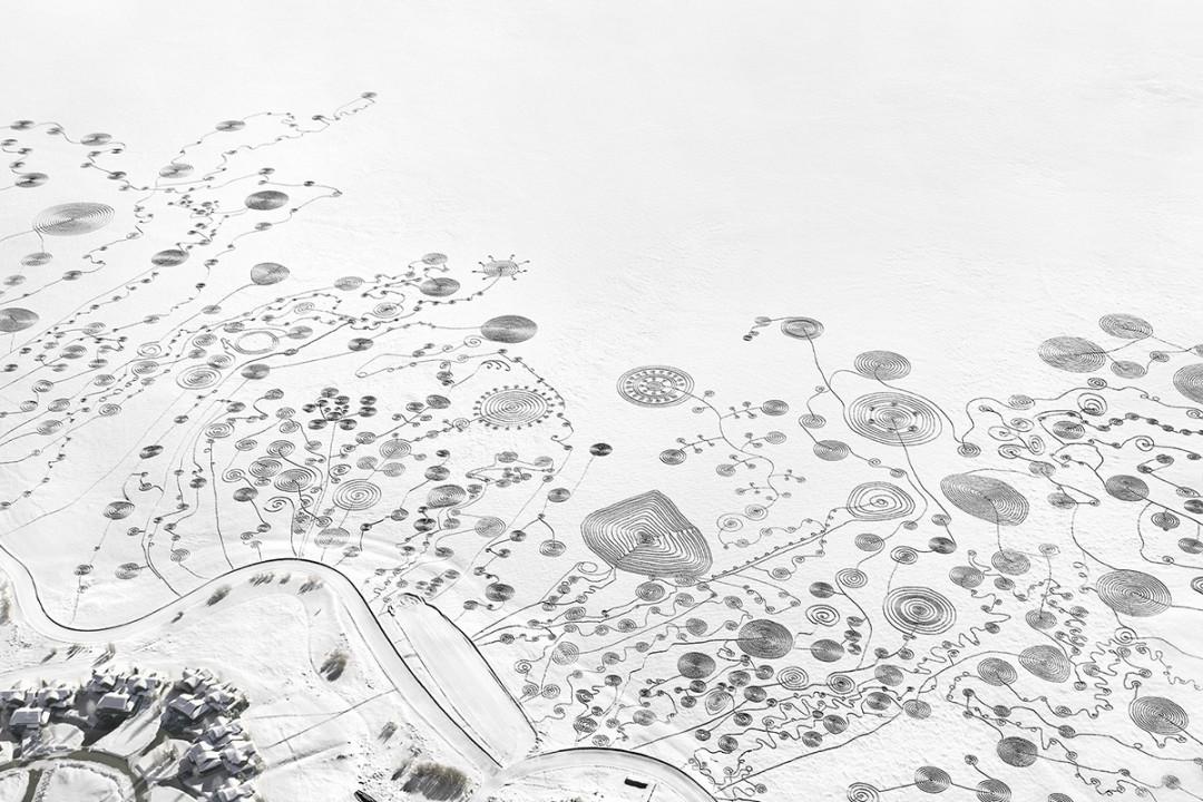 trace-pas-dessin-neige-lac-03