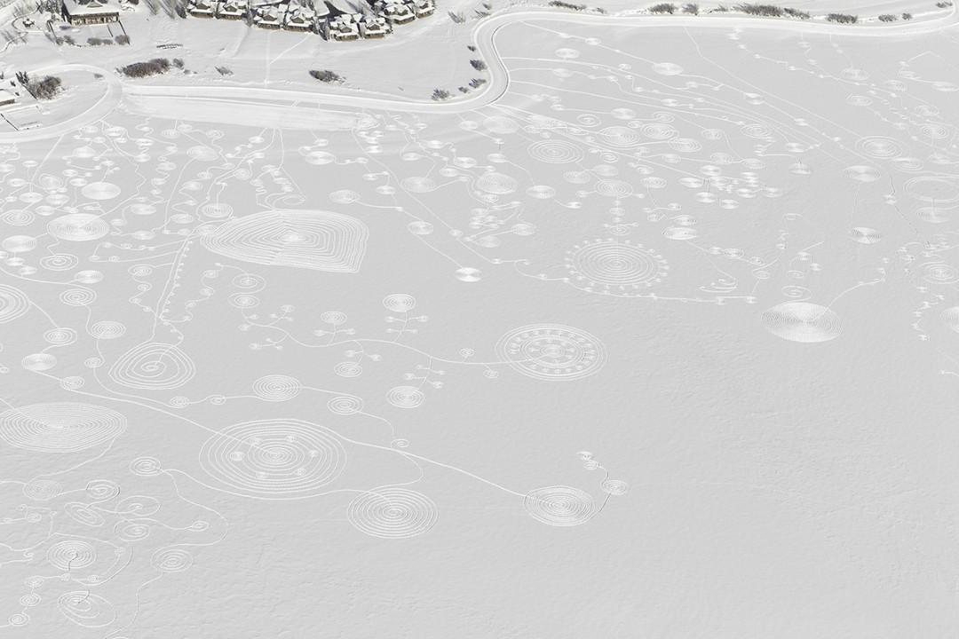 trace-pas-dessin-neige-lac-05