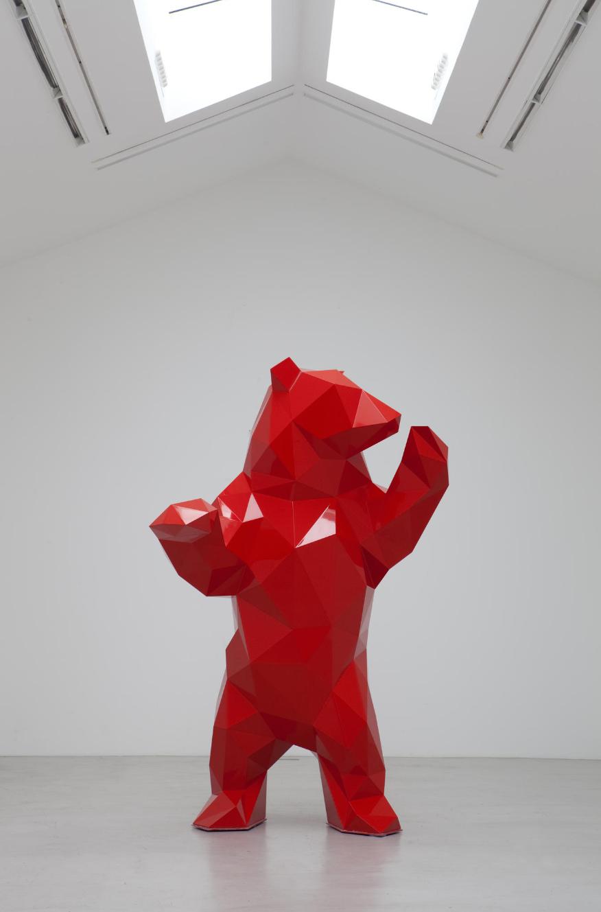sculpture moderne ours
