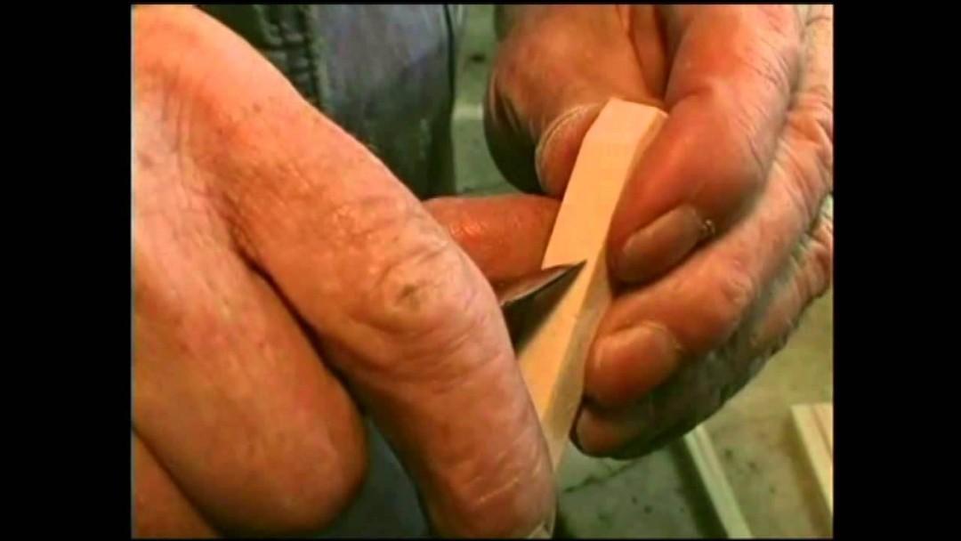 Faire une pince en bois en 10 découpes