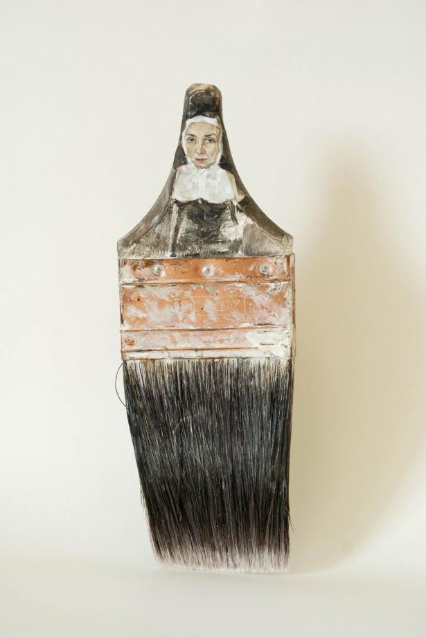 femme-pinceau-07
