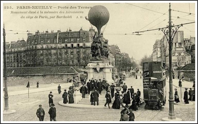 paris-statue-hommage-balon-avion-02