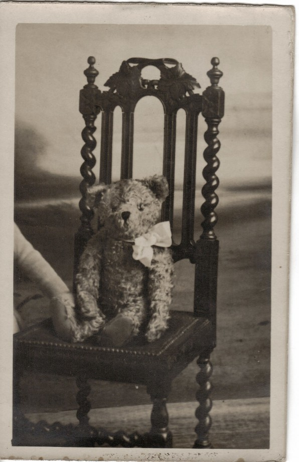 photo-ancienne-poupee-nounours-01