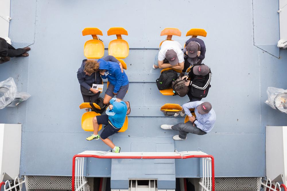 bateau-mouche-touriste-paris-04