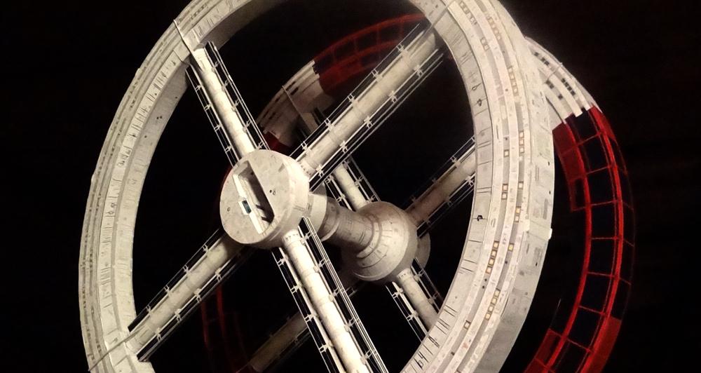 maquqette-vaisseau-spatial-papier-patron-12