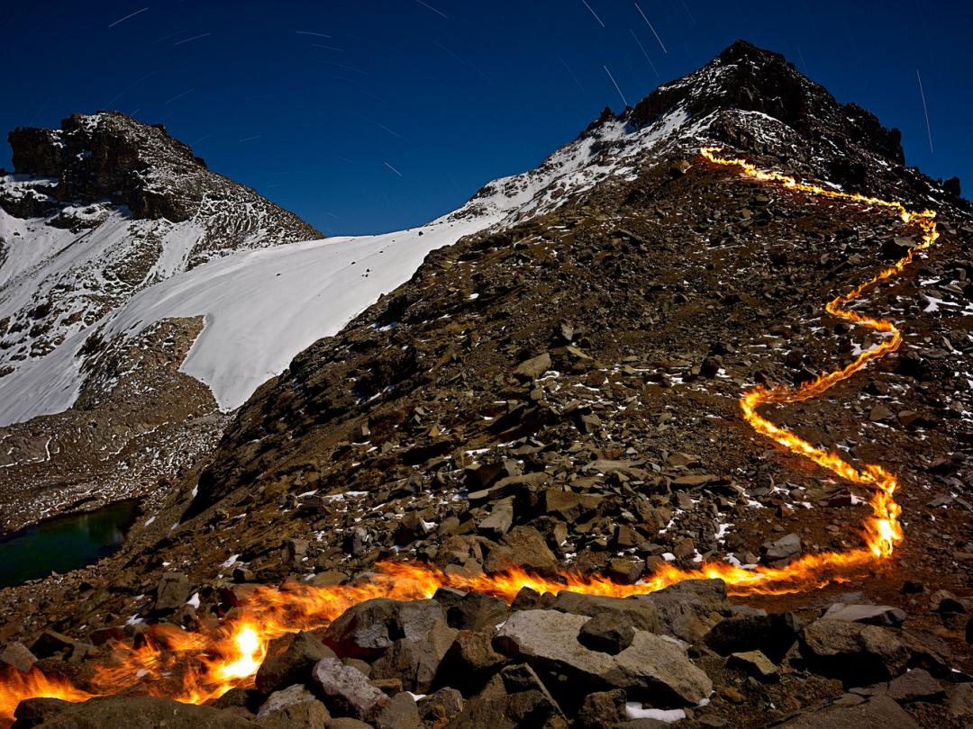 montagne-kenya-feu-glacier-01