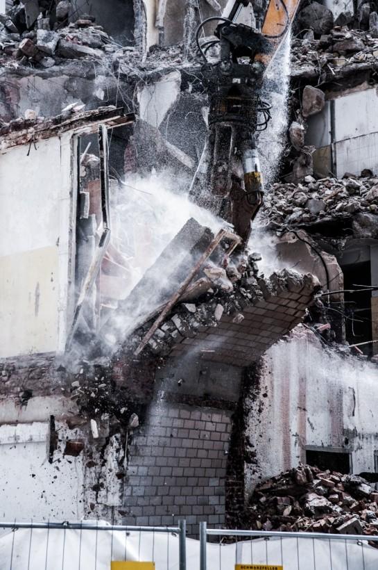 franckfort-destrcution-demolition-02