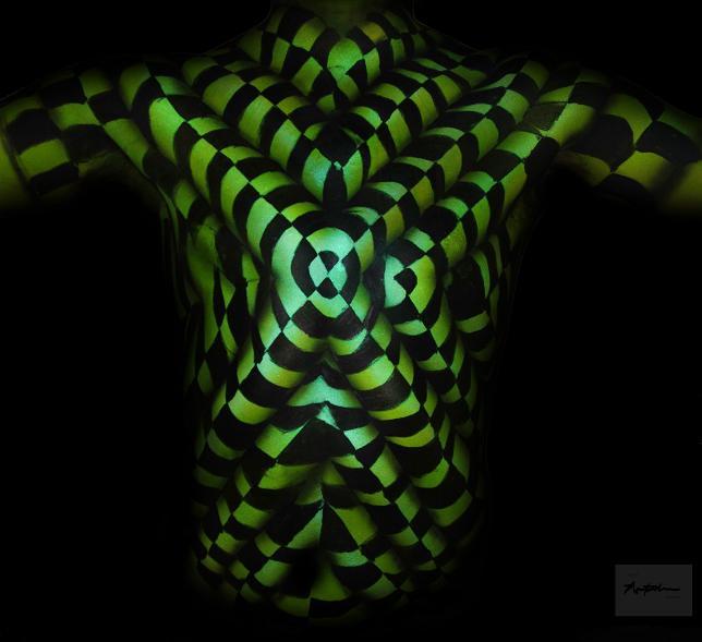 illusion-body-painting-04