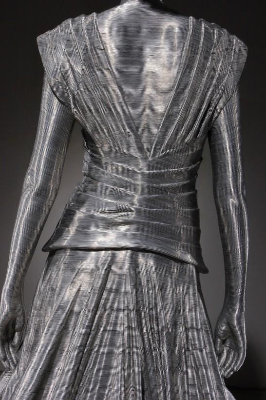 mo-park-fil-alumiium-sculpture-05