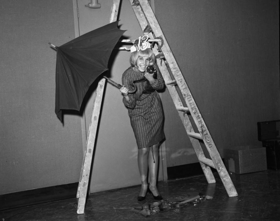 reine-anti-triskaidekaphobie-1963