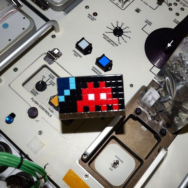 space-invaders-espace-03