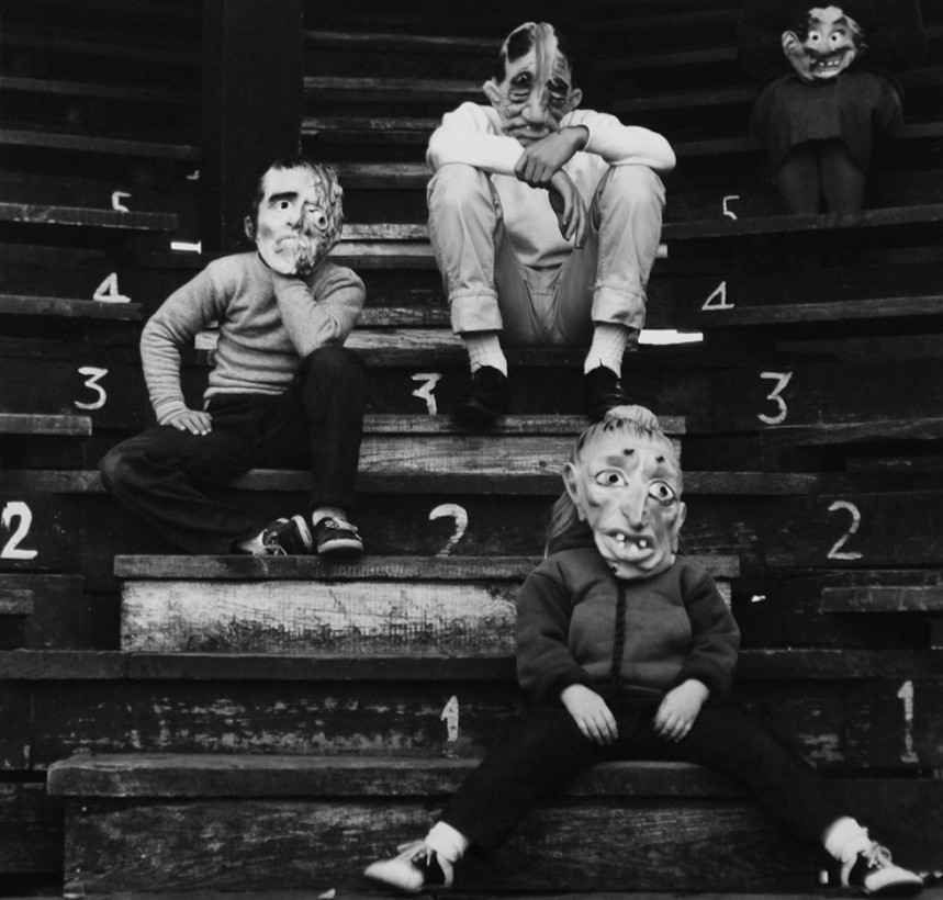 Meatyard-photo-masque-poupee-01
