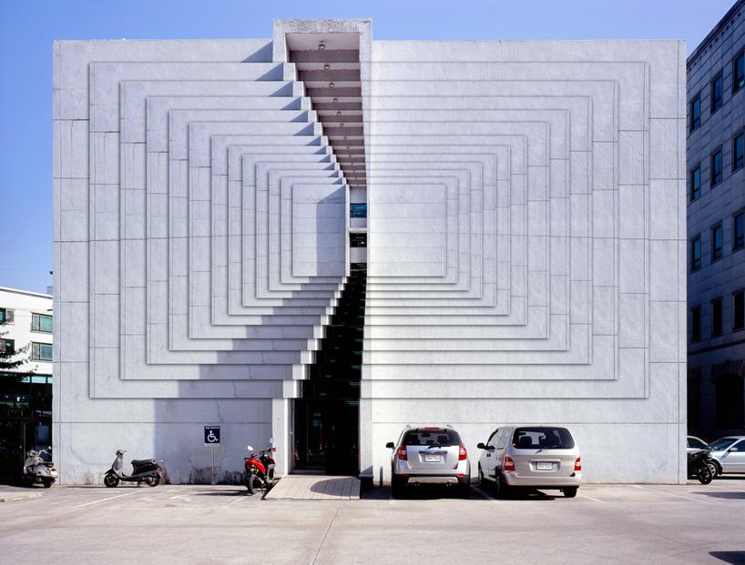beomsik-won-distorted-architecture-designboom-08