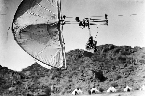 M0008638 'Photographic automatic kite'
