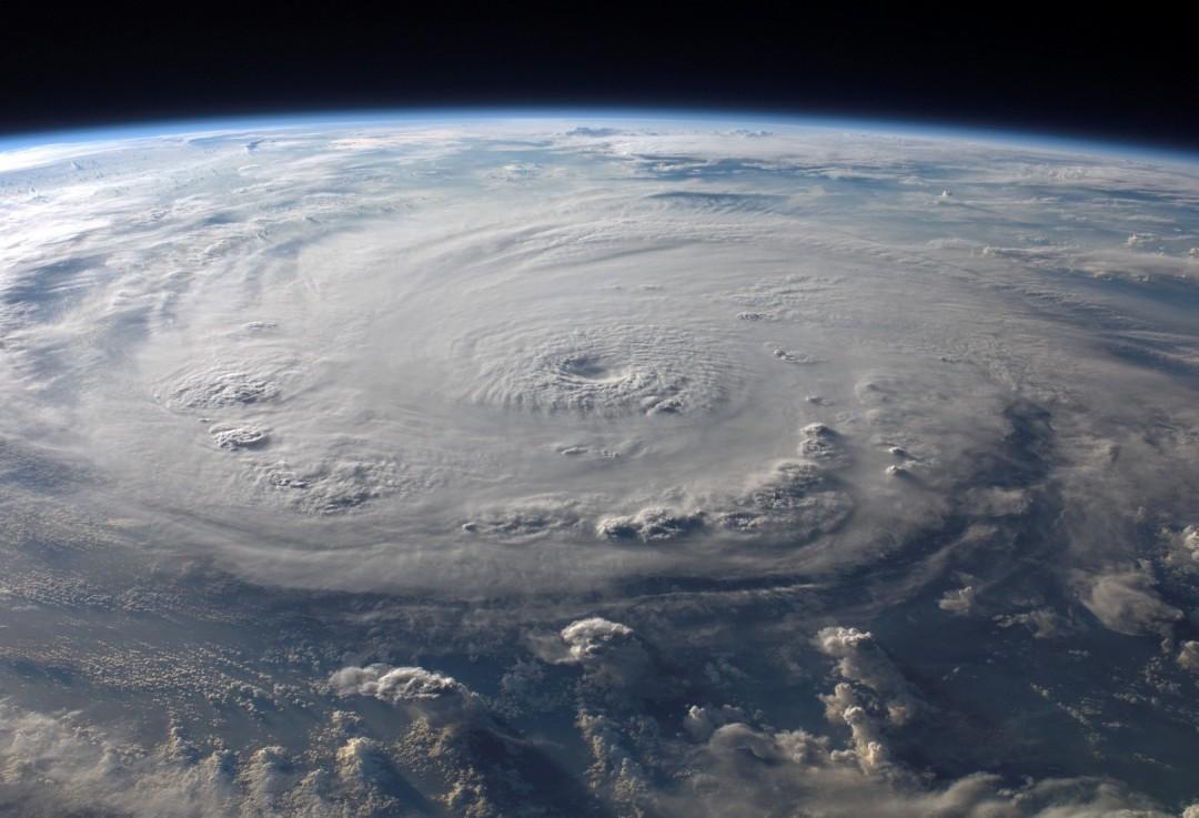cyclone-ouragan-photo-espace-11