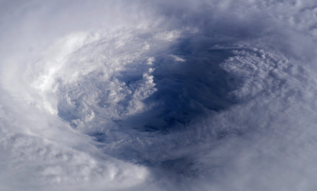 cyclone-ouragan-photo-espace-12