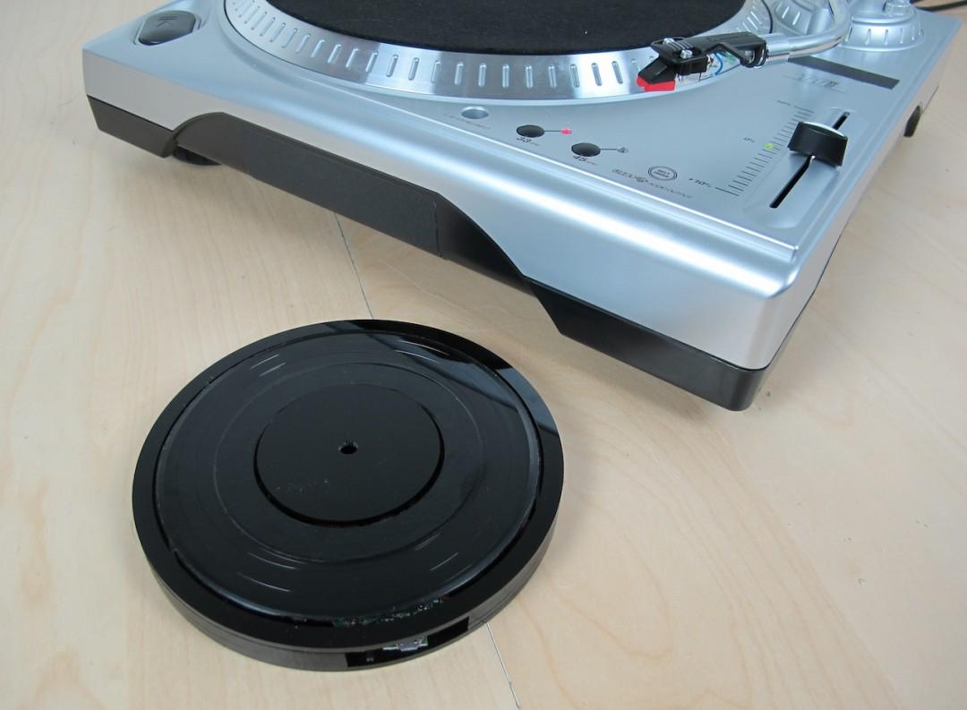 disquevinyluniversel-02