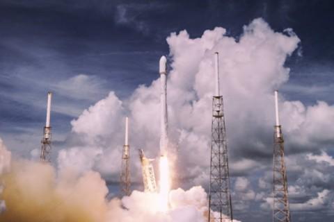 Le meilleurs des lancements de SpaceX en 4k