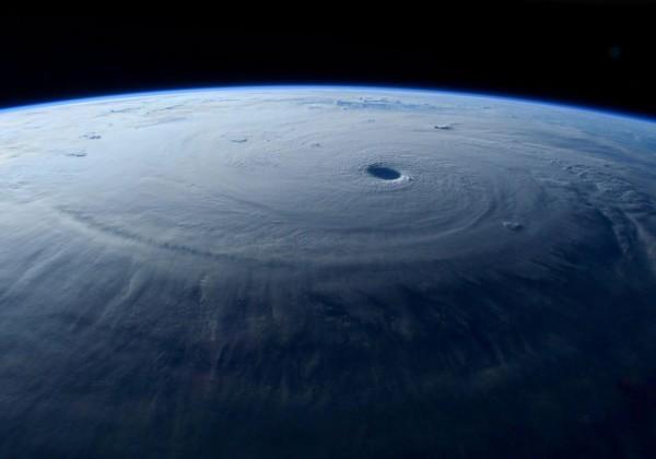 typhon-maysak-espace-01