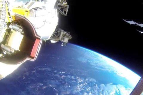 Une sortie dans l'espace avec une GoPro
