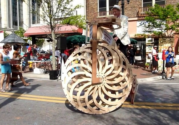 Vélo + Strandbeest = Boneshaker Big Wheel